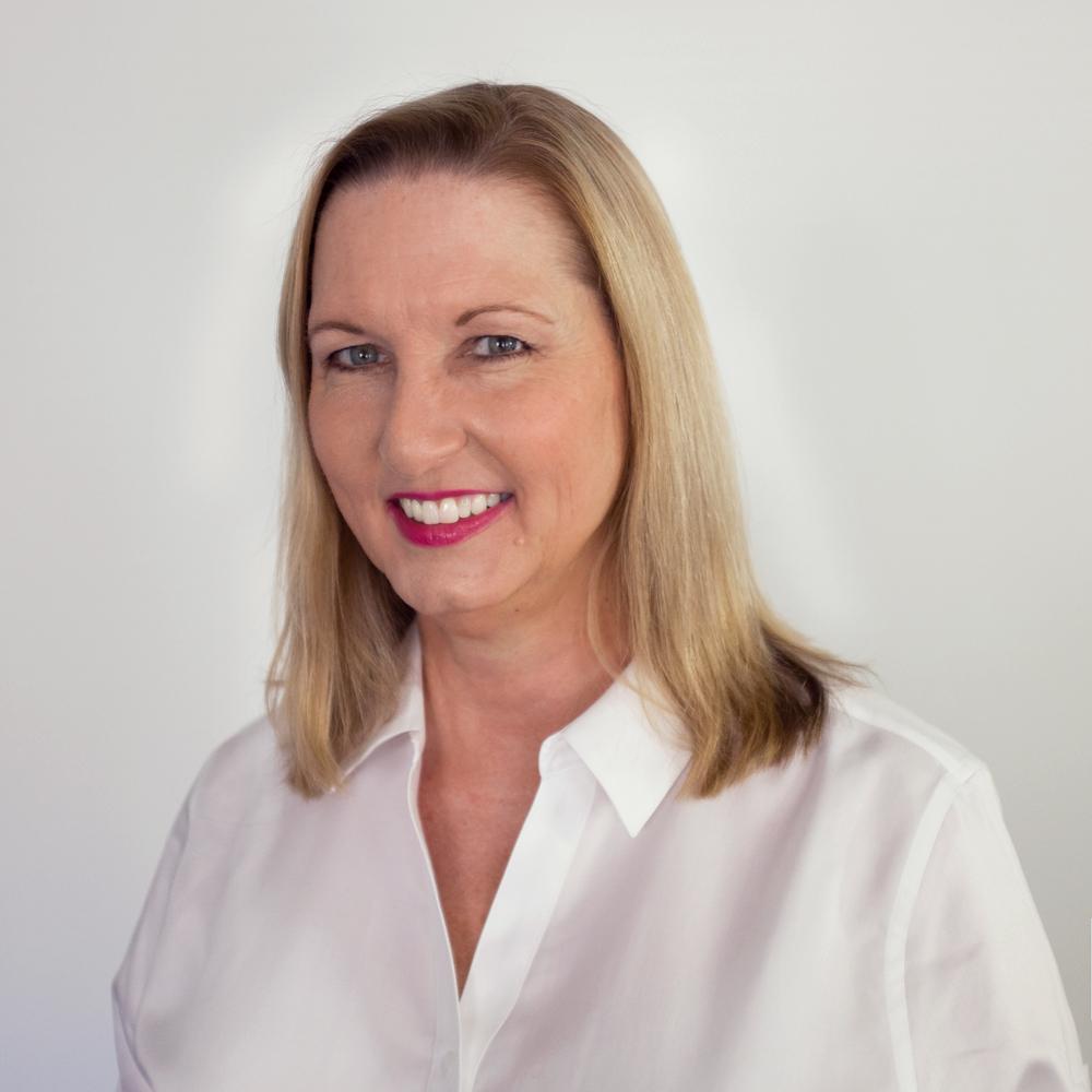 Kathy Cox headshot